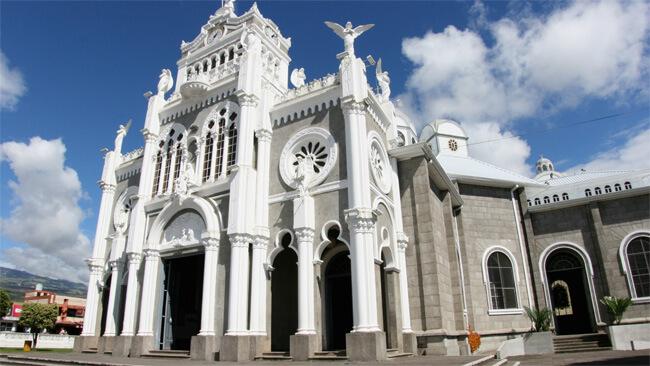 costa-rica-churches.jpg