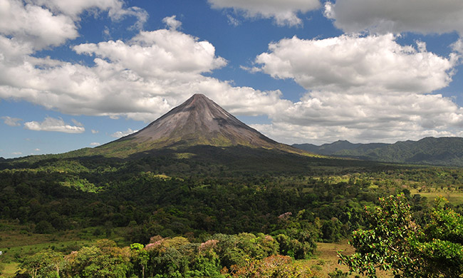 arenal-volcano-costa-rica.jpg