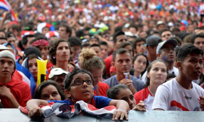 14-tense-crowd.jpg