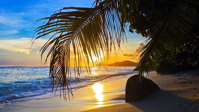 why-visit-costa-rica.jpg